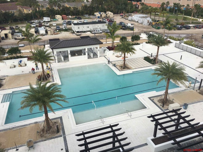 The Ronto Group has completed construction of the 60,000 square foot courtyard amenity deck at Eleven Eleven Central.  Phase I of the resort-style community will be completed this spring.