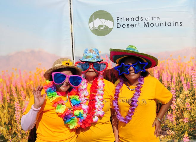 Friends of the Desert Mountains show their support — and flashy wardrobe.