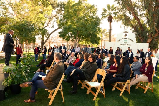Speakers discuss the important work Alianza is doing in the Coachella Valley before guests tour the new office.