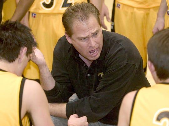 Saguaro boys basketball coach Bob LaRue, seen in a 2005 file photo. Photos By Dave Cruz/The Arizona Republic