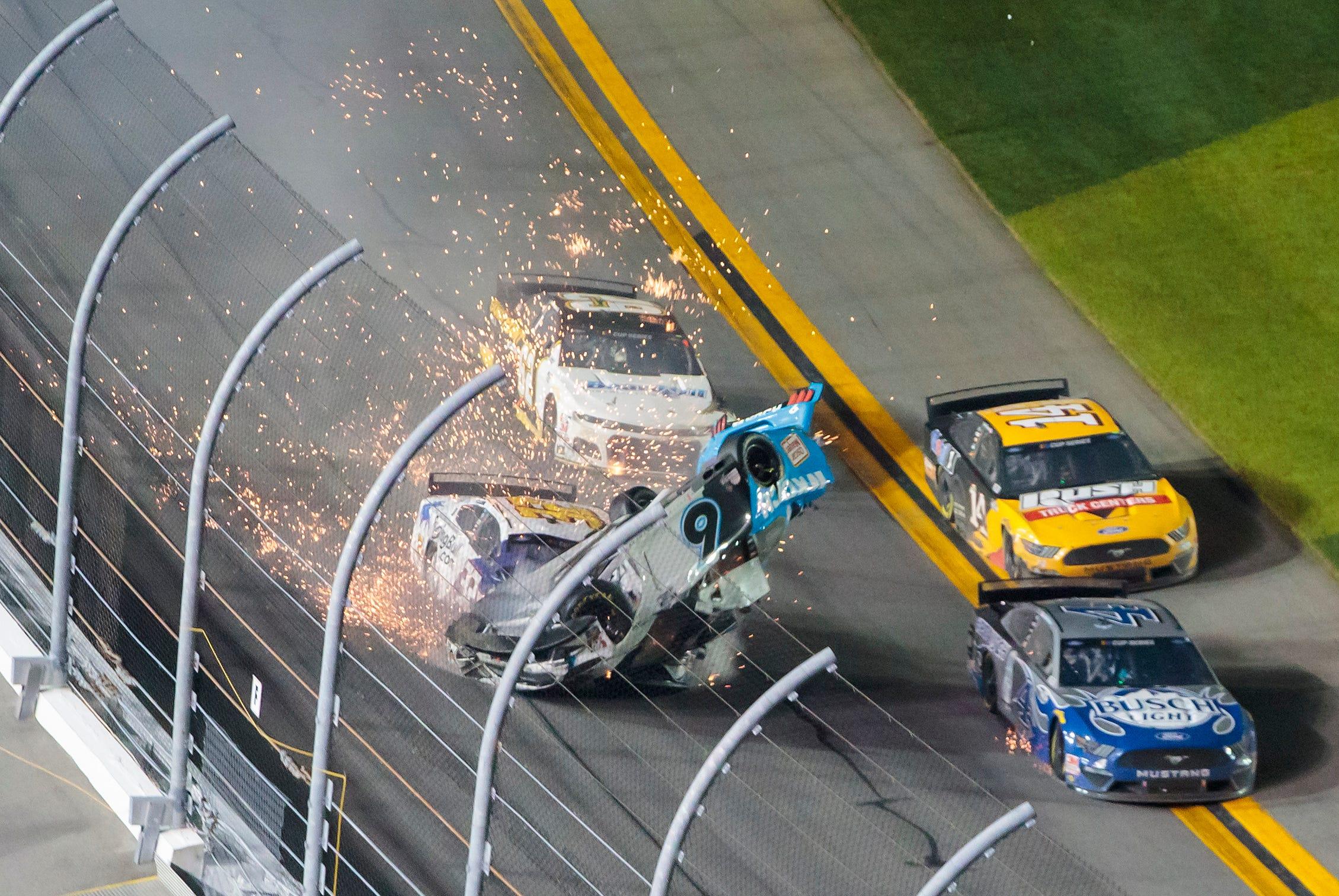 NASCAR CHASE ELLIOTT # 9 CONTENDER T-SHIRT 2 SIDED 2019 MEN/'S SMALL