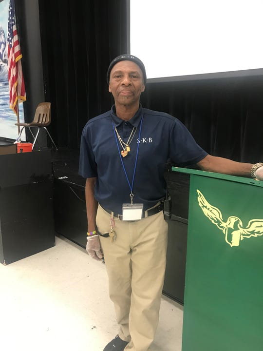A Germantown teacher is helping raise money for custodian Robert Reed, whose commute to and from Farmington Elementary School, can take up to eight buses and four hours.