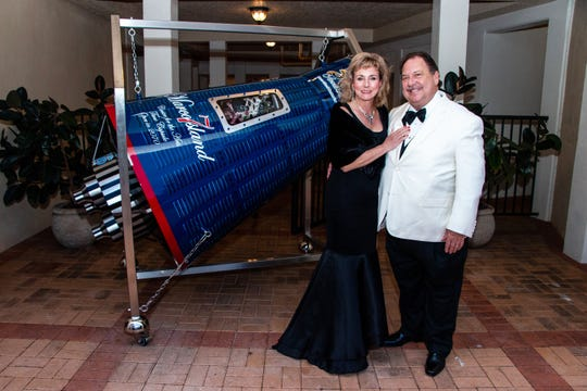 Jim and Allyson Richards have underwritten the new art installation and vessel that will house contributions from visitors to the Marco Island Center for the Arts.