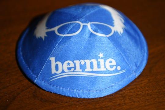 Bernie Sanders yamaka. Wednesday, February 19, 2020.