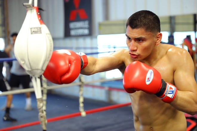 Vergil Ortiz Jr. will put his unbeaten record (15-0, 15 KOs) on the line when he faces Samuel Vargas at The Forum on March 28.