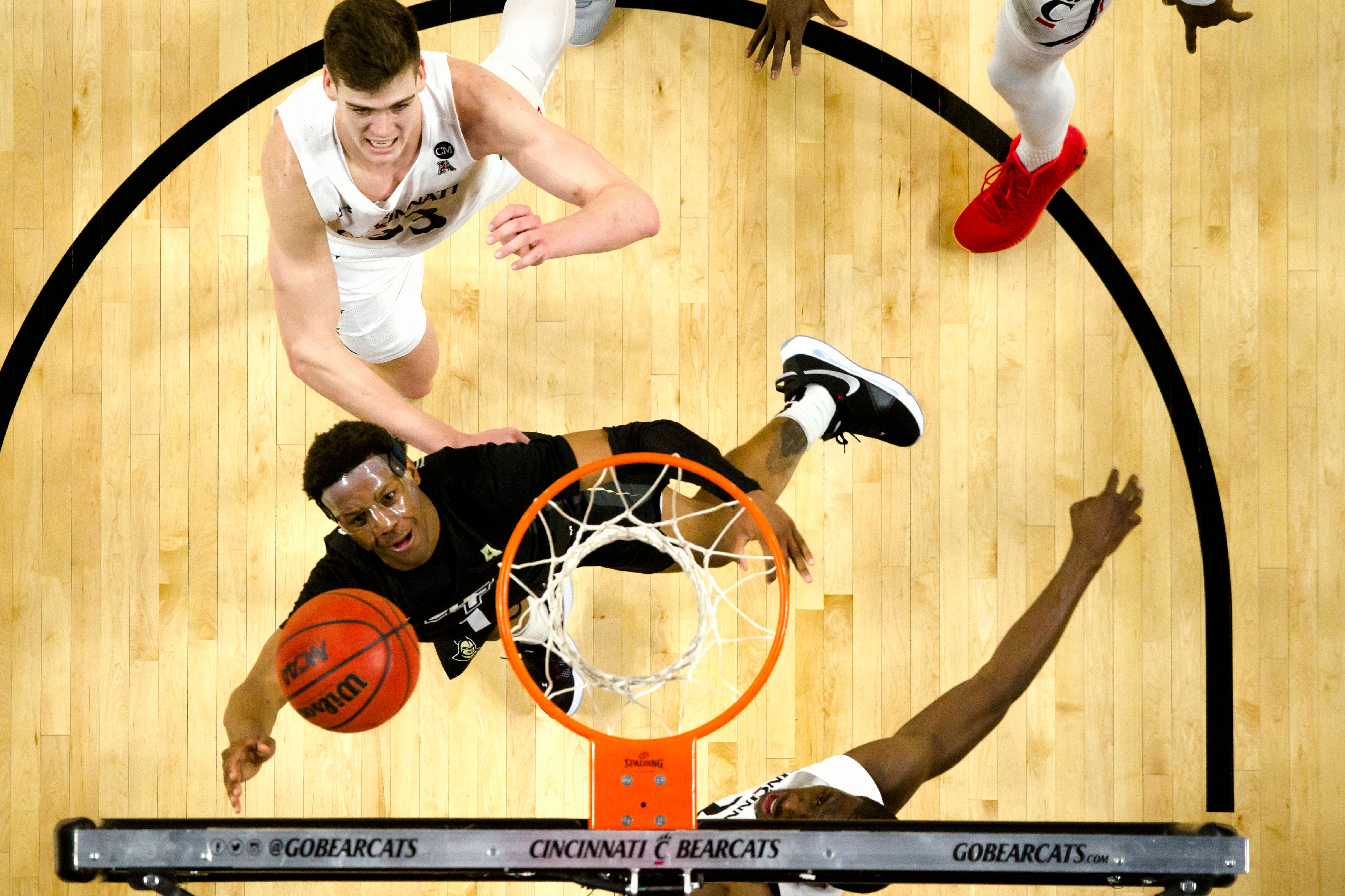 American Athletic Conference college basketball: UCF at Cincinnati