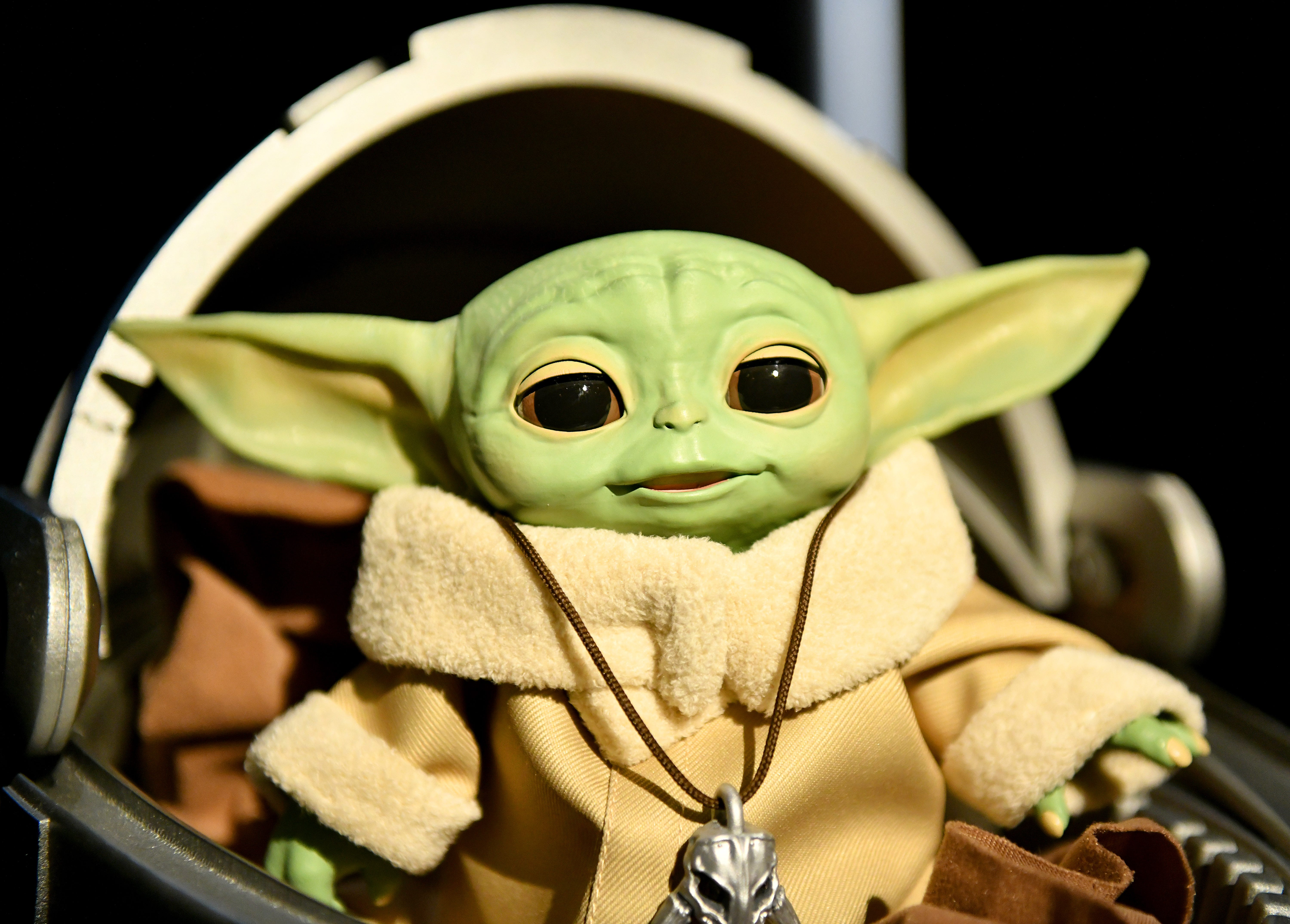 Disney Finally Unveils Baby Yoda Toys Months After His Tv Debut