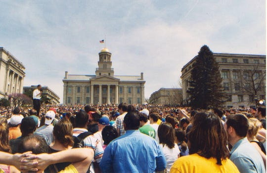 Barack Obama in 2007 on the west side of the Old Capitol Building.
