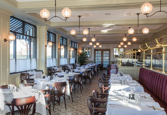 Cafe Grace, the upscale French restaurant at the Mayfair Collection in Wauwatosa, will close at an unspecified date and be replaced by an Italian restaurant called Truli in May, the management company and property developer announced Monday.
