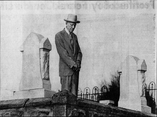 Visiting Mary Phagan's grave for the first time, Alonzo Mann reads the tombstone inscription. This photo ran in a special section about the killing of Phagan and lynching of Leo Frank in The Tennessean on Sunday, March 7, 1982.