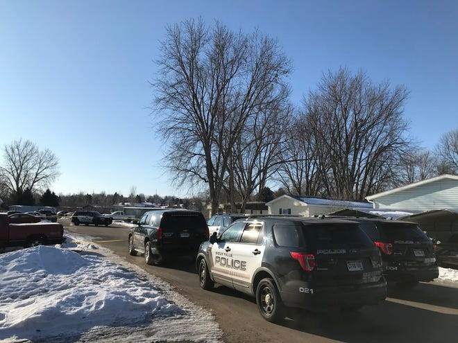 Police investigate a shooting on the 700 block of S. Regal Place in western Sioux Falls on Feb. 20, 2020.