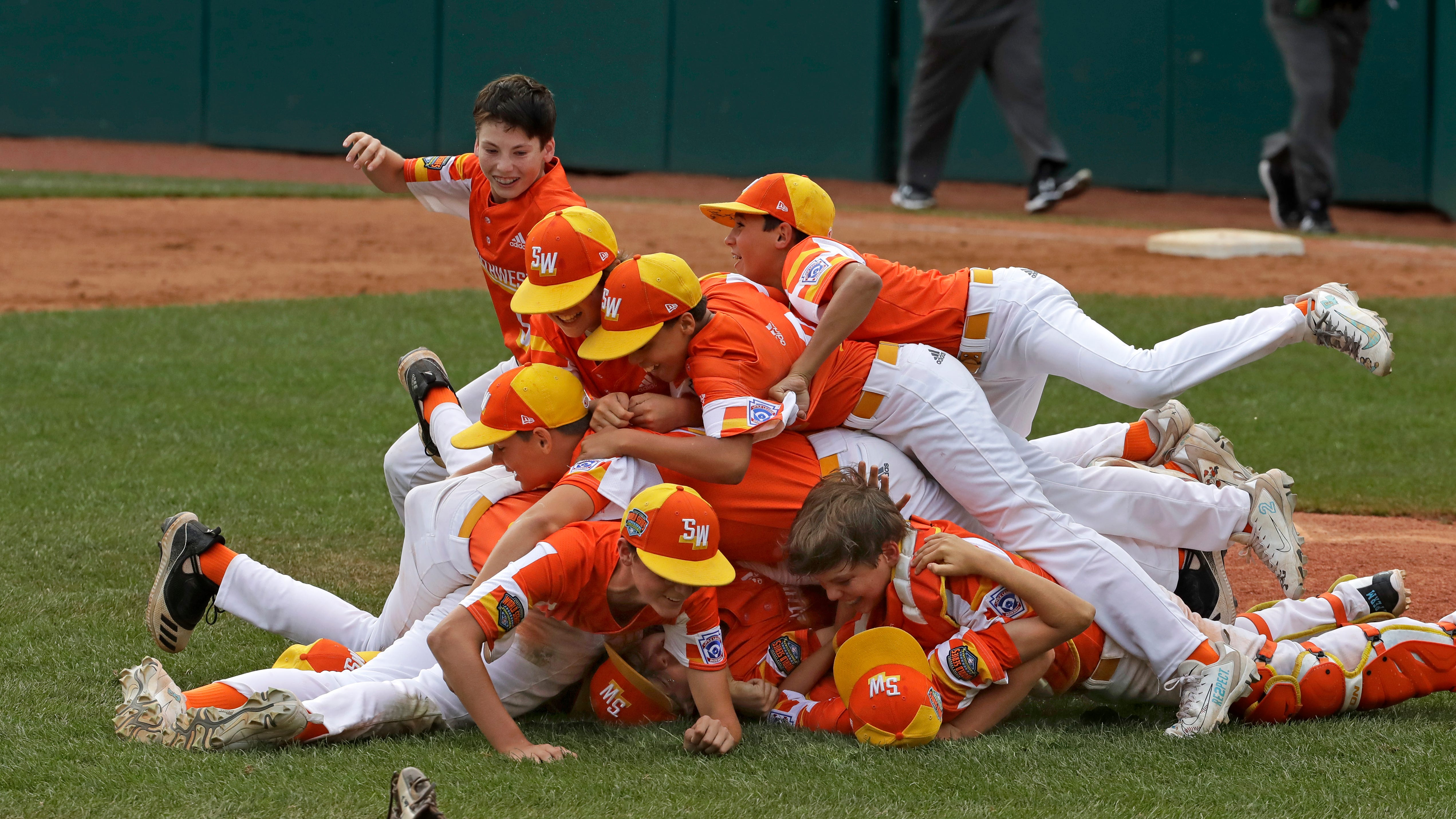 Little League teams from California to Pennsylvania ban  Astros  nickname after cheating scandal