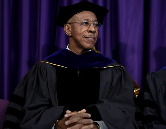 Assistant Vice Chancellor Emeritus Roger Pulliam speaks at UW-Whitewater's 2015 winter commencement ceremony.