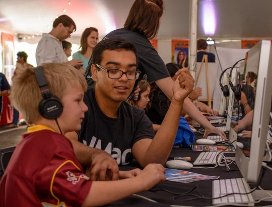 A young aspiring filmmaker learns about sound design at the 2016 Phoenix Film Festival.