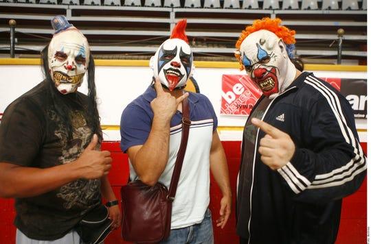 Los Pyscho Circus están de vuelta para defender a Triple A de las amenazas de la Facción Ingobernable.