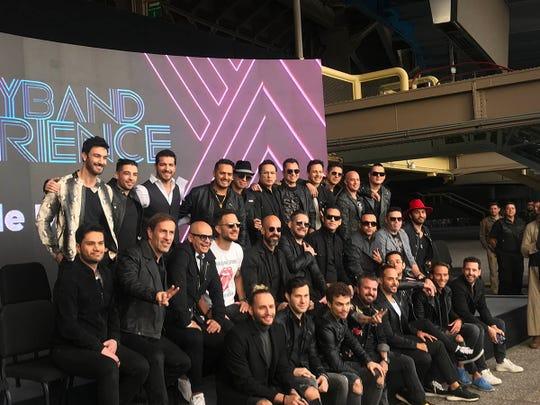 Mercurio, MDO, Magneto, Kairo, Tierra Cero, Ragazzi, ExUff, M5 y Los Hijos de Sánchez, son las bandas que se reunirán en el tour Boy Band Experience, que comenzará el 20 de mayo en el Auditorio Nacional, de la Ciudad México.