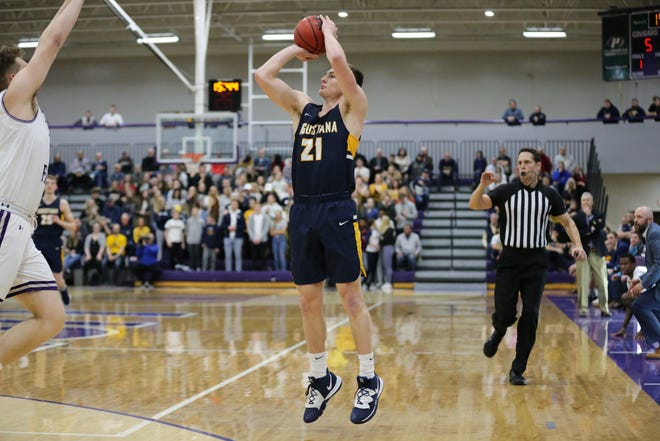 Augustana's Isaac Fink scored 21 points to lead his team to a win over USF Friday night at the Stewart Center.