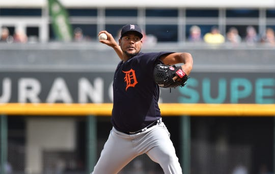 Ivan Nova faces the Braves during Sunday's Grapefruit League Tigers game.