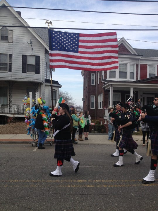 A pipe-and-drum band in the 2014 Keyport St. Patrick's Day Parade.