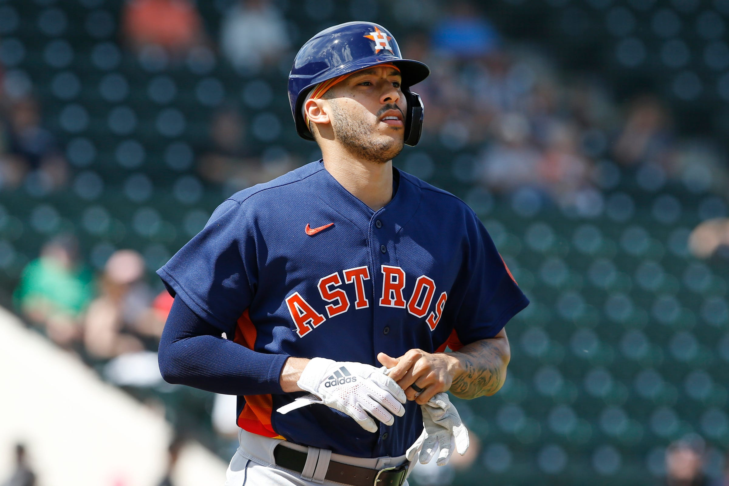 Detroit Tigers don't hit Houston Astros, but crowd boos loudly