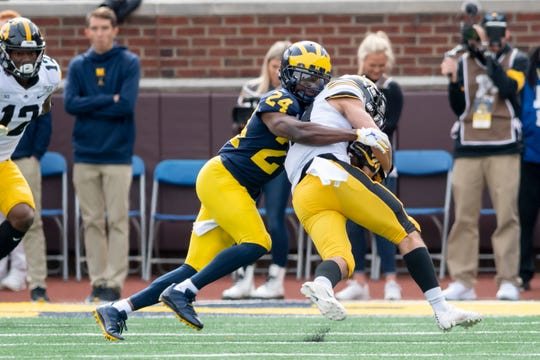 Michigan cornerback Lavert Hill had three interceptions and 10 pass breakups last season.