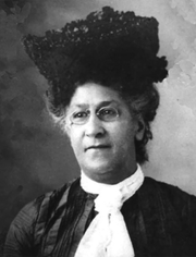 Mary Cunningham Smith became a widely known pianist and organist throughout Louisville and an early prominent figure in the civil rights movement.