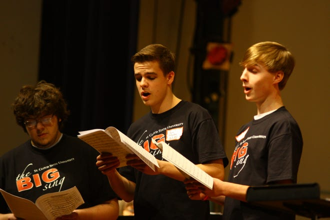 High school students perform at the 2012 Big Sing festival.
