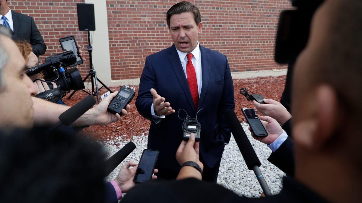 Florida governor's political future linked to COVID response 1
