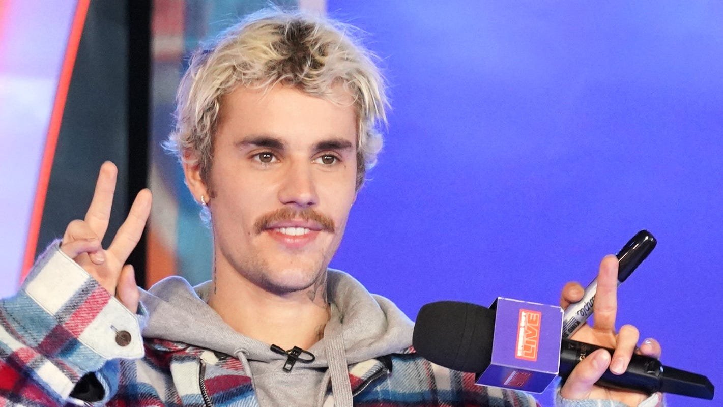 What doJustin Bieber andElvis Presley have in common?