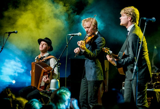 Scandinavian instrumental trio Dreamers' Circus transcends genres and evokes vivid and colorful imagery by blending traditional folk music with sounds from around the world, taking audiences to a magical and wondrous place with each new song.