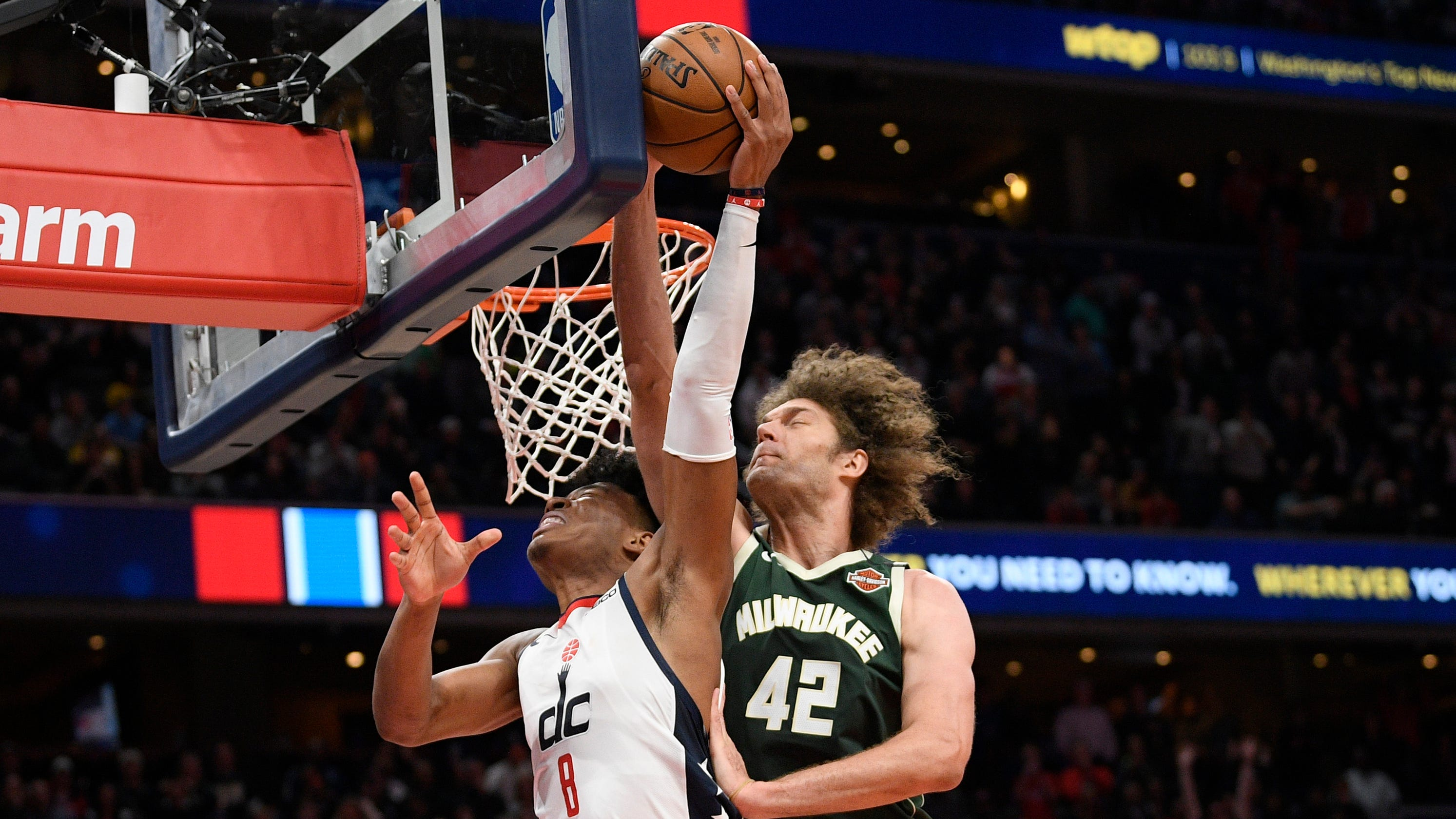 Eleven memorable plays during the 2019-20 Bucks season