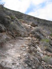 Sitting Bull Falls trail.