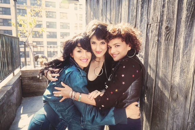 Puss N Boots featuring Sasha Dobson, Norah Jones and Catherine Popper