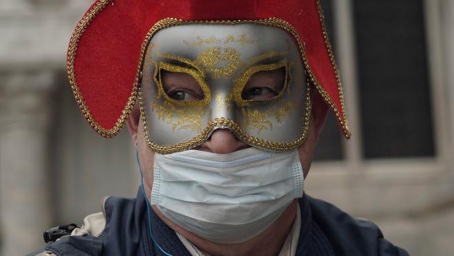 Coronavirus expert says don't get on a cruise; Sistine Chapel closes