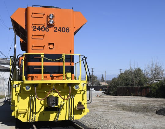 The San Joaquin Valley Air Pollution Control District, San Joaquin Valley Railroad and Knoxville Locomotive Corporation held a ribbon-cutting for four near-zero emission locomotive switchers on Wednesday, Feb. 26, 2020, in Exeter. The locomotives replaced three switchers from the 70s and one from 1964.