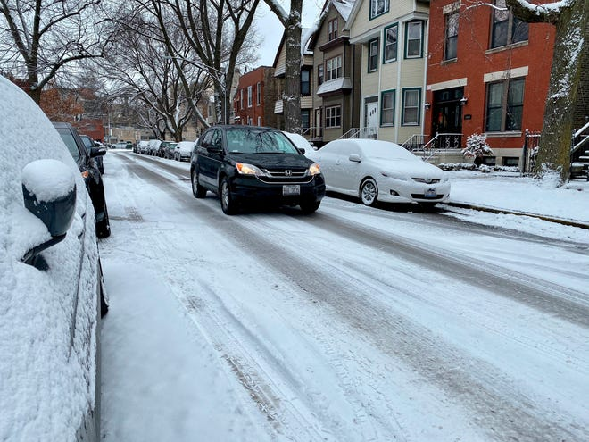 A major winter storm bypassed Chicago Feb. 26, leaving only a few inches of snow on city streets.