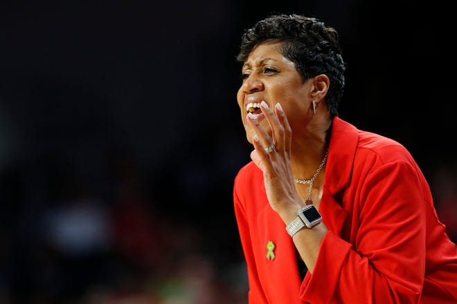 Cincinnati Bearcats head coach Michelle Clark-Heard shouts to her defense in the first quarter of the NCAA American Athletic Conference basketball game between the Cincinnati Bearcats and the UConn Huskies at Fifth Third Arena in Cincinnati on Wednesday, Feb. 26, 2020.
