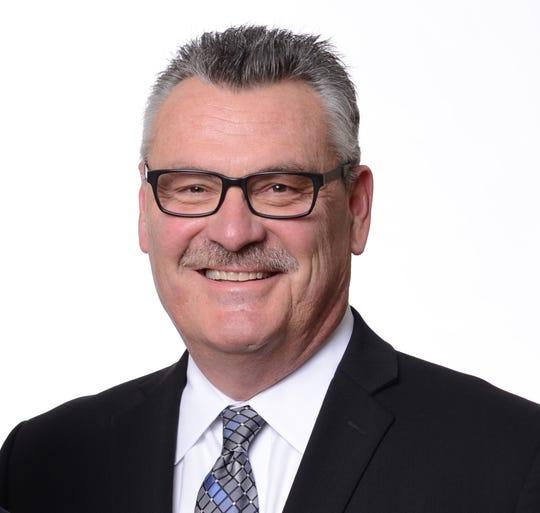 Brewers TV analyst Bill Schroeder