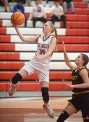 Flippin's Leah Still goes up for a layup against Hackett on Wednesday night.