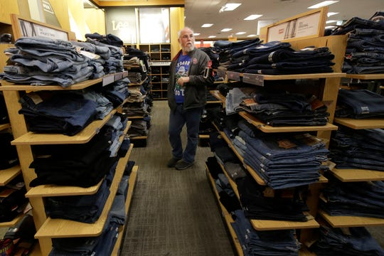 The Commerce Department said Friday that consumer spending increased 0.2% last month, down from 0.4% in December and the smallest gain since October. Incomes, however, rose 0.6%, the biggest gain in nearly a year.