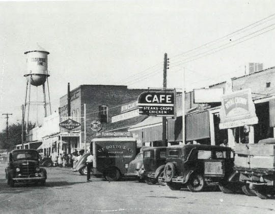 Collierville Town Square, middle of the east side, in the 1940s.