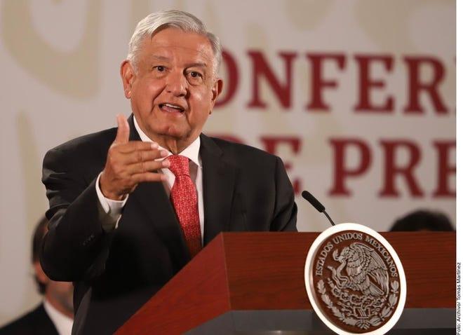 AMLO pidió a los mexicanos estar tranquilos, pues coronavirus no es 'terrible' ni 'fatal'.