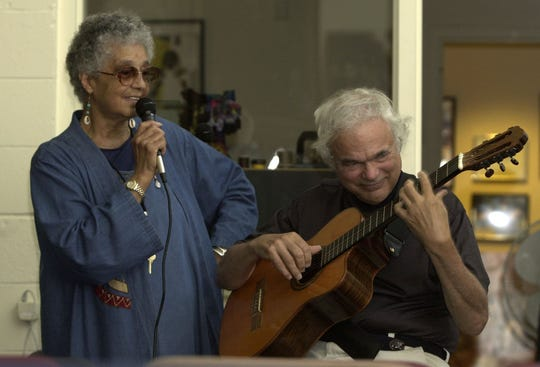 Stella Marrs performing with guitarist Gene Bertoncini at a Summer Jazz Fest at the center in Spring Valley August 1, 2004.