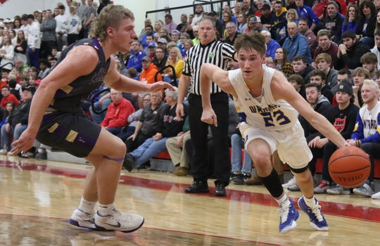 Ontario's Griffin Shaver leads his team into district tournament action this week.
