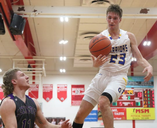 Griffin Shaver scored 10 points in the Warriors' sectional championship win over Lexington on Friday night.