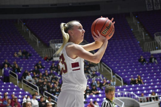 Sam Johnston is forgoing her senior high school season to play for her mother, Tracy Sanders, at SUU.