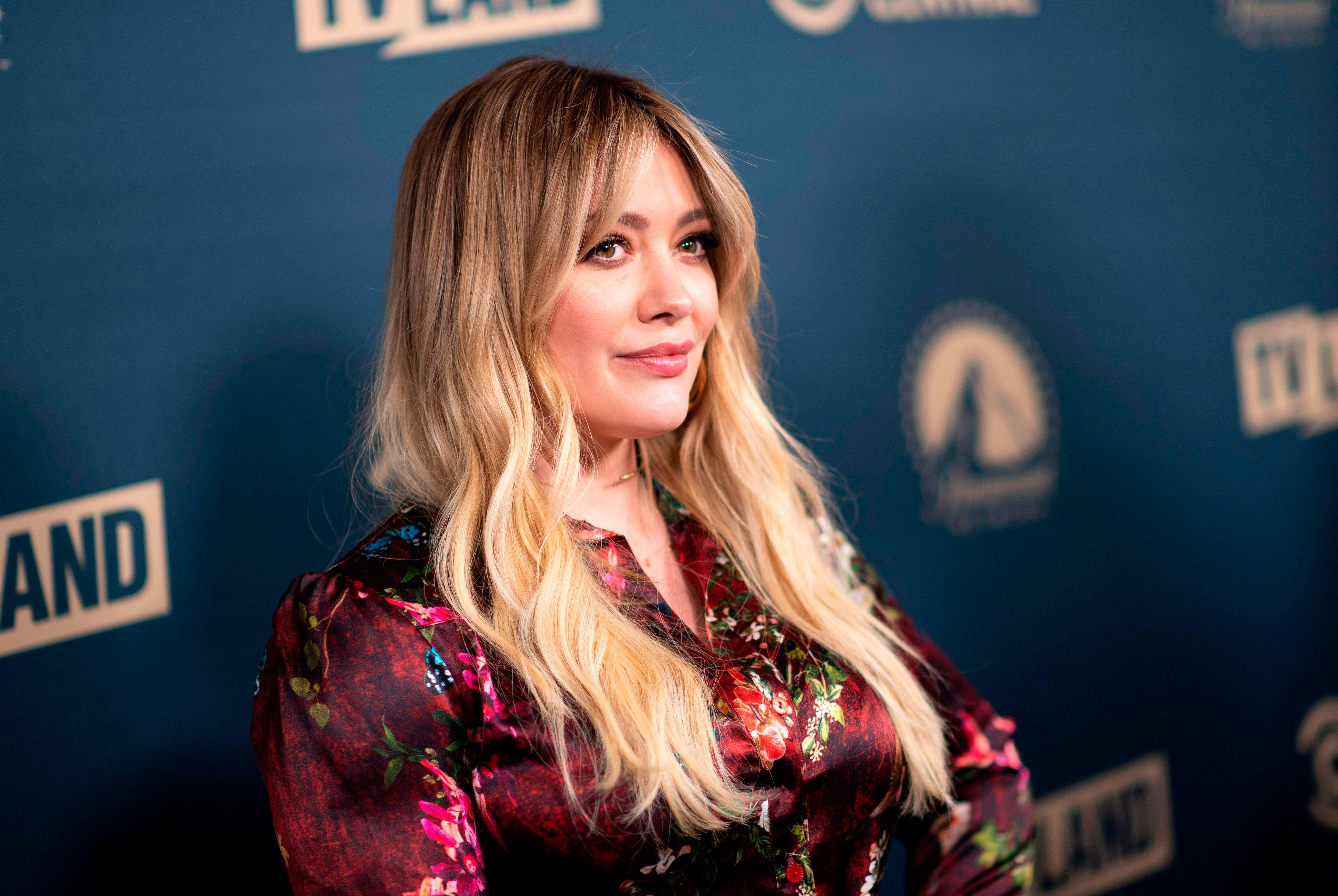 Hilary Duff asks Disney to move  Lizzie McGuire  revival to Hulu:  It would be a dream