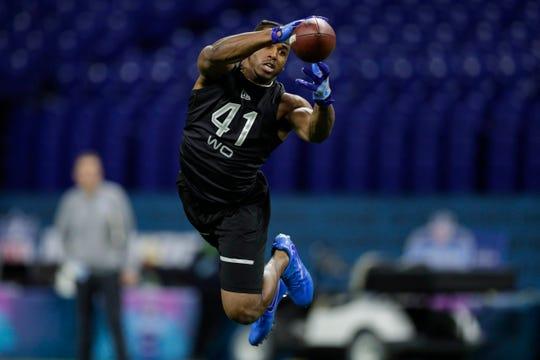 Michigan receiver Donovan Peoples-Jones runs a drill at the NFL scouting combine in Indianapolis, Thursday, Feb. 27, 2020.