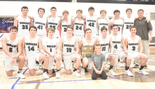 The Izard County Cougars won the 1A Region 2 Championship on Saturday night at Hillcrest.