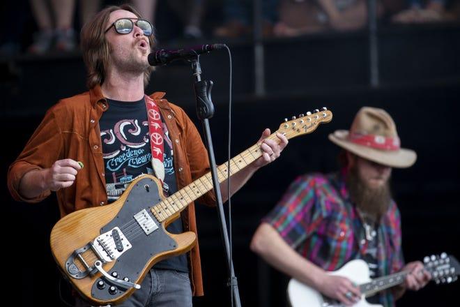 Whiskey Myers se presenta durante el Innings Festival el 29 de febrero de 2020 en Tempe Beach Park en Arizona.
